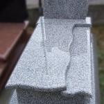 Nagrobek granitowy - Róż Srebrzysty z półką
